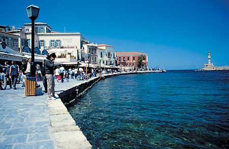 Im Westen Kretas Finden Sie Die Schönste Stadt Chania Und Die